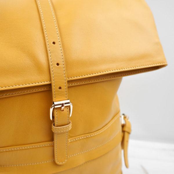 Lederrucksack Gelb, Armaturen