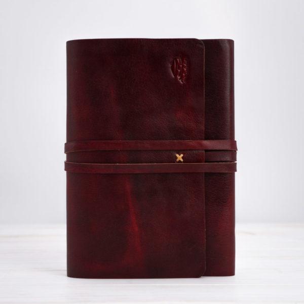Rotes Tagebuch aus Leder