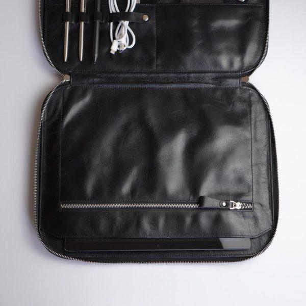 Schwarze Businesstasche aus Leder, Innen